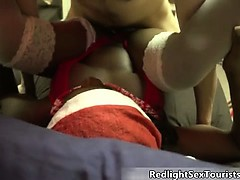 Dirty ebony slut gets her wet pussy part4