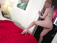TVKRISTINA- seduction stroke