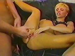 Tetona dando un buen sexo